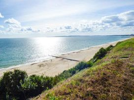 Beach Retreat - Dorset - 942905 - thumbnail photo 9
