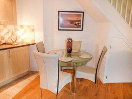 3 Old Mill Court - Devon - 943378 - thumbnail photo 4