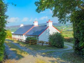 Cooley Cottage - County Donegal - 943611 - thumbnail photo 1