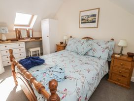 Cherry Cottage - South Wales - 943687 - thumbnail photo 13