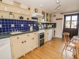 Cherry Cottage - South Wales - 943687 - thumbnail photo 10