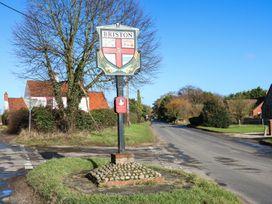 Jo's Place - Norfolk - 943711 - thumbnail photo 11