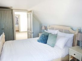 Willow Cottage - Kent & Sussex - 943713 - thumbnail photo 10