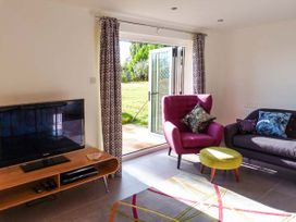 Willow Cottage - Kent & Sussex - 943713 - thumbnail photo 4