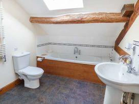 Hendre Bach Barn - North Wales - 944014 - thumbnail photo 10