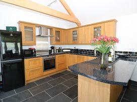 The Annexe at The Old Farm - South Wales - 944055 - thumbnail photo 6