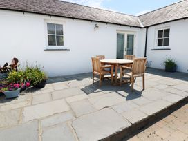 The Annexe at The Old Farm - South Wales - 944055 - thumbnail photo 12