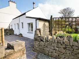 Glandwr Cottage - Anglesey - 944208 - thumbnail photo 2