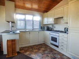 Lodge 19 - Cornwall - 944462 - thumbnail photo 5