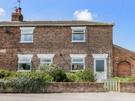 Whinhill Cottage - North Yorkshire (incl. Whitby) - 944473 - thumbnail photo 1