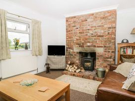 Whinhill Cottage - North Yorkshire (incl. Whitby) - 944473 - thumbnail photo 3