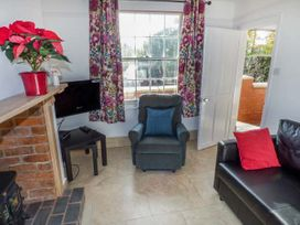 1 Willow Cottage - Cotswolds - 944709 - thumbnail photo 3