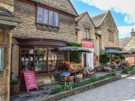 1 Willow Cottage - Cotswolds - 944709 - thumbnail photo 16