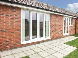 16 Stewart Close - Cotswolds - 944710 - thumbnail photo 13