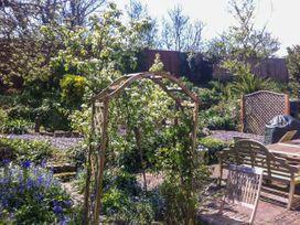 Blythe Cottage - Kent & Sussex - 944934 - thumbnail photo 19
