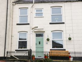 2 bedroom Cottage for rent in Littleborough