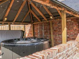 Granary Cottage - Shropshire - 945046 - thumbnail photo 2