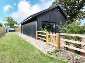 1 Bury Farm Cottage - South Coast England - 945151 - thumbnail photo 1