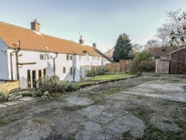 The Cottage - Whitby & North Yorkshire - 945251 - thumbnail photo 17