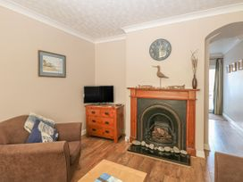 Flint  Cottage - Norfolk - 945583 - thumbnail photo 5