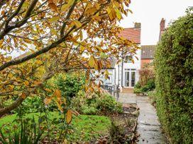 White Cottage - Norfolk - 945584 - thumbnail photo 22