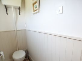 Spring Garden Cottage - South Wales - 945899 - thumbnail photo 13