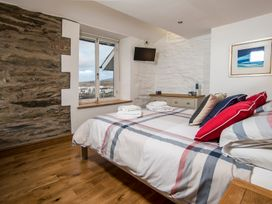 The Captain's Penthouse - North Wales - 947143 - thumbnail photo 24