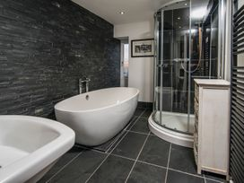 The Captain's Penthouse - North Wales - 947143 - thumbnail photo 27
