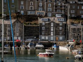 The Captain's Penthouse - North Wales - 947143 - thumbnail photo 42