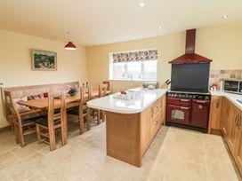 Brook Cottage - Cotswolds - 947444 - thumbnail photo 5