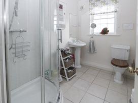 Apartment 1 Sneaton Hall - Whitby & North Yorkshire - 947678 - thumbnail photo 7