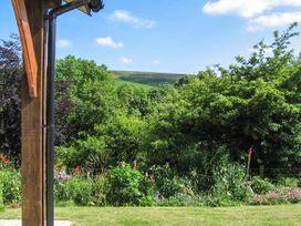 Blaendyffryn Fach - South Wales - 947942 - thumbnail photo 12