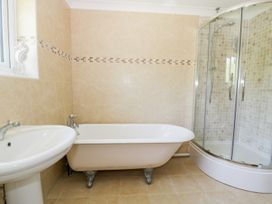 Orchard Cottage - North Wales - 948025 - thumbnail photo 13