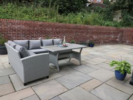 The Office Gardens, Apartment 1 - Whitby & North Yorkshire - 948080 - thumbnail photo 16