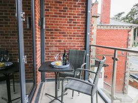 The Office Gardens, Apartment 2 - Whitby & North Yorkshire - 948088 - thumbnail photo 14
