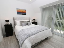 The Office Gardens, Apartment 3 - Whitby & North Yorkshire - 948092 - thumbnail photo 12