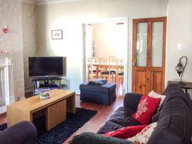 Ty'r Ystrad - South Wales - 948232 - thumbnail photo 3