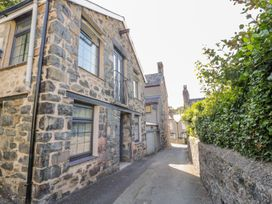 Bron Rallt Newydd - North Wales - 948257 - thumbnail photo 1