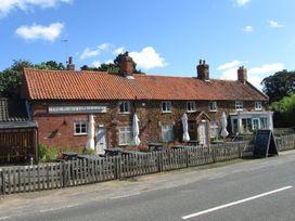 Hayfields - Norfolk - 948324 - thumbnail photo 22