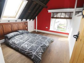No 1 Church Cottages - South Wales - 948465 - thumbnail photo 14