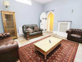No 1 Church Cottages - South Wales - 948465 - thumbnail photo 3