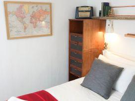 1 Sunset Apartments - Cornwall - 948605 - thumbnail photo 10