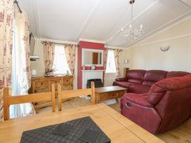 Beach Lodge - Suffolk & Essex - 948953 - thumbnail photo 6