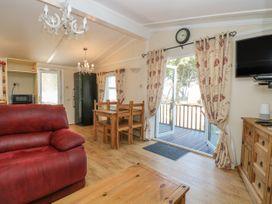 Beach Lodge - Suffolk & Essex - 948953 - thumbnail photo 4