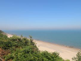 Beach Lodge - Suffolk & Essex - 948953 - thumbnail photo 13