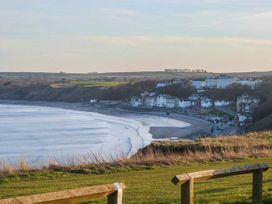 The Whittyfox Beach House - Whitby & North Yorkshire - 949295 - thumbnail photo 3