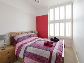 1 Beachtop Court - South Wales - 949826 - thumbnail photo 11
