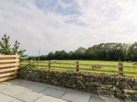 Glyn Ewryd - Anglesey - 949893 - thumbnail photo 37