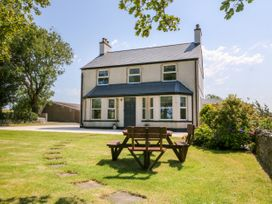 6 bedroom Cottage for rent in Amlwch