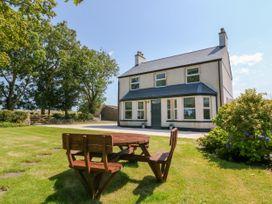 Glyn Ewryd - Anglesey - 949893 - thumbnail photo 3
